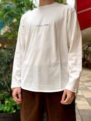 リサイクルコットン100%/レギュラーフィット表起毛ラウンドヘム長袖刺繍Tシャツ