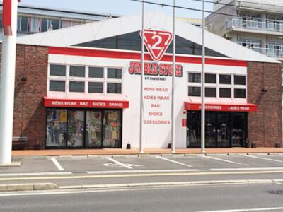 松江店の外観写真